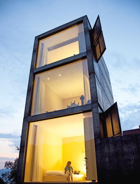 Architektenhäuser: Anbau als Wohnturm
